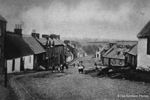 ochiltree-main-street-111101-0011_1224x816