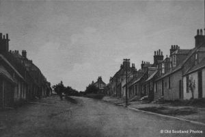 ochiltree-upper-main-street-111101-0009_1224x816